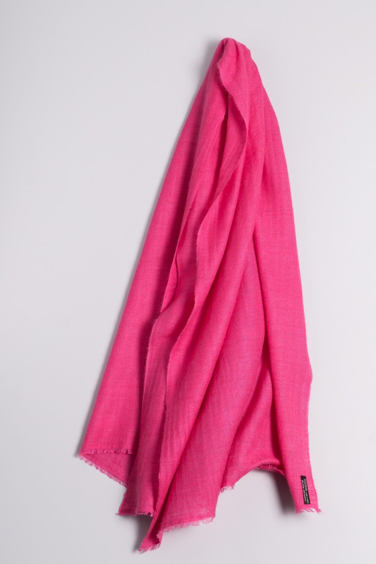 Hand spun Shawl pink