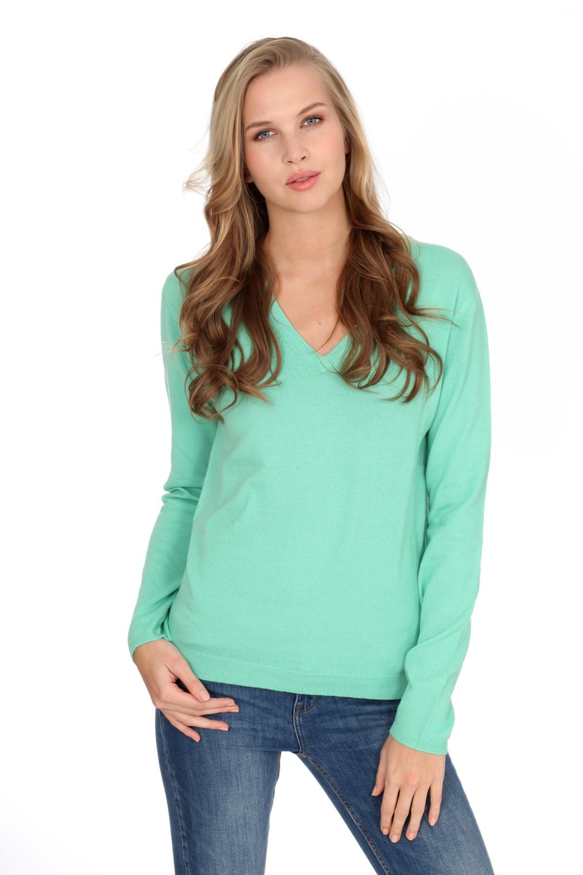 Women's cashmere V-neck sweater mint
