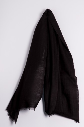 Hand spun Shawl black