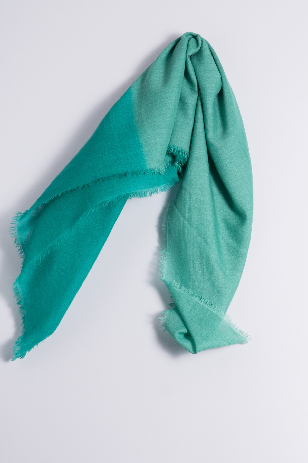 Carré 100% Cashmere Electric Green / Peacock Green
